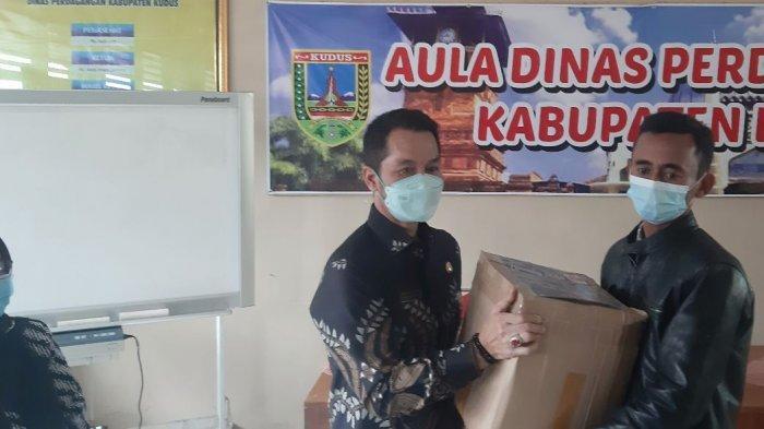 Karyawan Dinas Perdagangan Terdampak Banjir Dapat Bantuan, HM Hartopo Apresiasi Kemendag