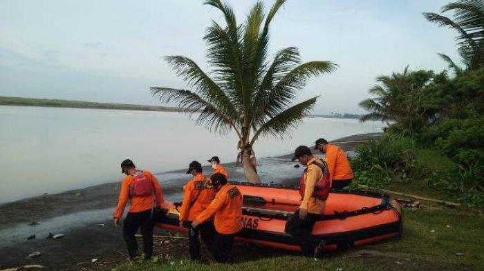 Tarsan Nelayan Tenggelam di Tanggulangin Kebumen Belum Ditemukan, Tim SAR Lanjutkan Pencarian