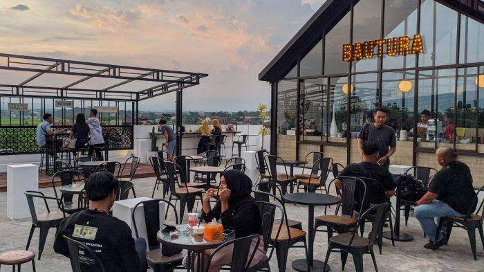 Menikmati Kopi, Senja, dan Bukit di Bautura Coffee Shop Pati