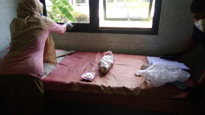 Bayi Laki-laki Ditelantarkan, Polres Pati Buru Orangtua