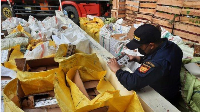 Bea Cukai Kanwil DJBC Jateng dan DIY gagalkan penyelundupan rokok tanpa cukai yang akan dikirim ke Sumatera.