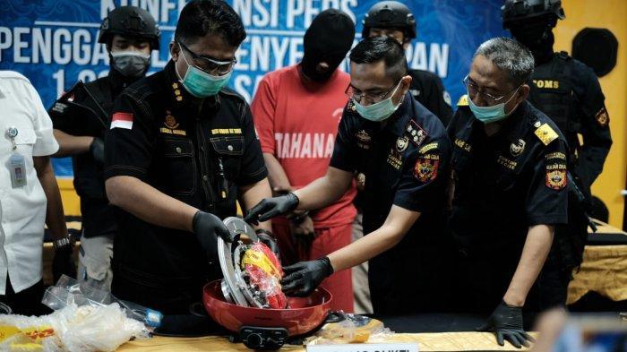 Bea Cukai Tanjung Emas Gagalkan Penyelundupan 1.035 Gram Sabu-Sabu Melalui Barang Kiriman