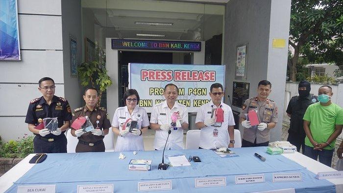 Operasi Bersama Bea Cukai dan BNNP, Tangkap Penyelundupan Sabu 101,74 Gram