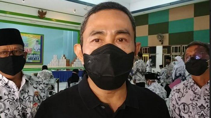 Bersiap untuk PTM, Bupati Pati Haryanto Segera Vaksin Para Guru