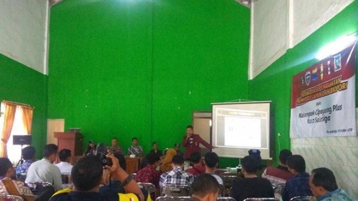 Prihatin Masalah Kekeringan, Organisasi Mahasiswa di Salatiga Gelar Sosialisasi Pembuatan Biopori