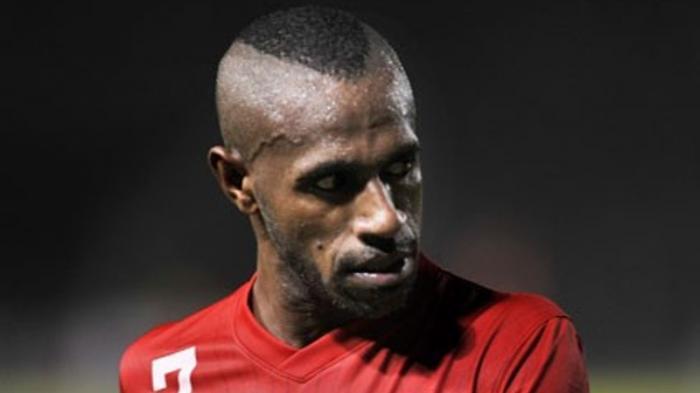 Boaz Solossa Resmi Bergabung Borneo FC, Selamat Datang Sang Legenda