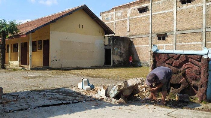 Siap Jadi Tempat Isolasi Terpusat Covid-19 Sragen, Eks Bangunan SDN 2 Kragilan Gemolong Diperbaiki