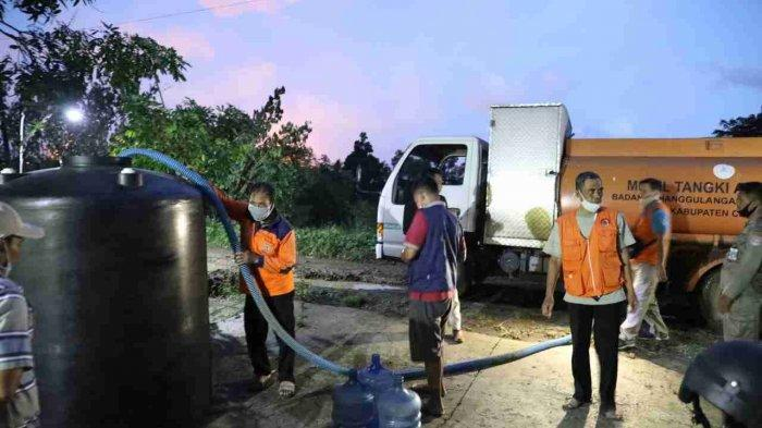 Penyaluran air bersih sebanyak 30 ribu liter bekerjasama dengan Badan Penanggulangan Bencana (BPBD) Kabupaten Cilacap