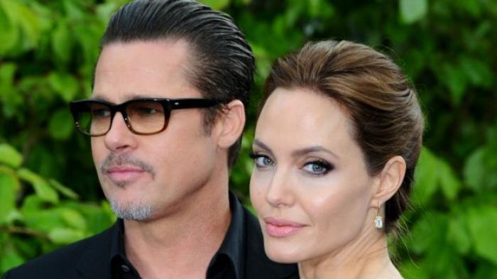 Alasan Angelina Jolie Berseteru dengan Mantan Suaminya Brad Pitt di Bukunya