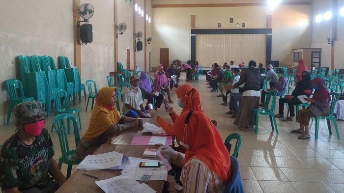 BST Rp 300 Ribu dari Kemensos di Karanganyar Sudah Cair, Diterima 20.827 Orang