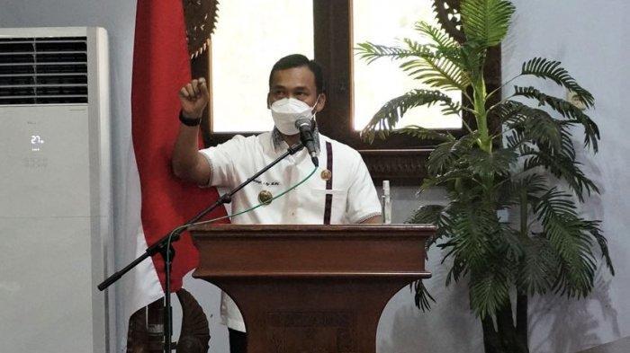 Lantik Pejabat Disdukcapil, Bupati Batang Wihaji: Tidak Ada Lagi Masalah KTP