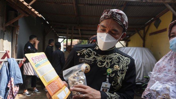 Bantu UMKM Terdampak Pandemi, Bupati Wihaji Akan Buat Program Larisi Dagangan