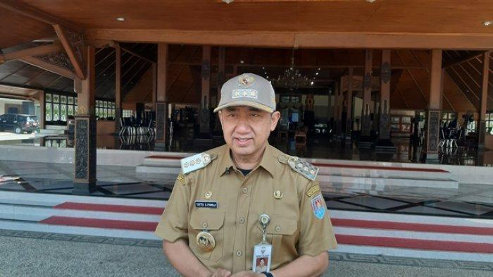 Bupati Cilacap Tatto Suwarto Pamuji.