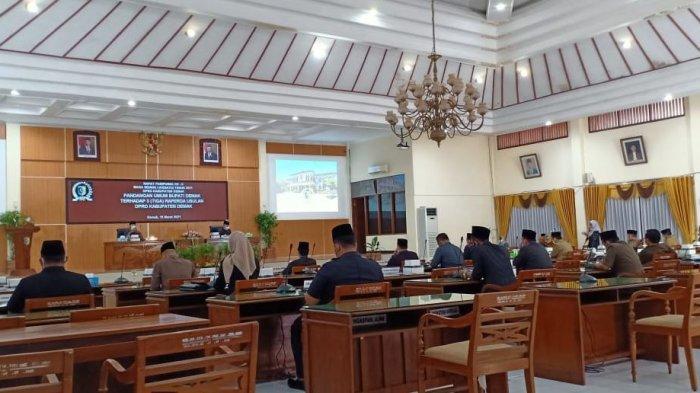 Bupati Demak Sampaikan Pandangan Umum terhadap 3 Raperda Usulan DPRD