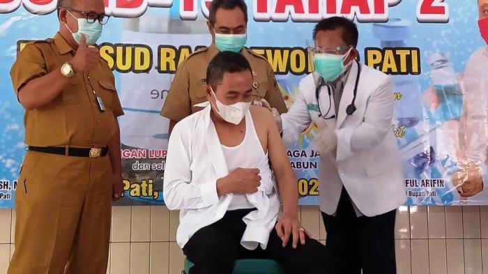 Bupati Pati Haryanto Disuntik Vaksin Tahap Kedua