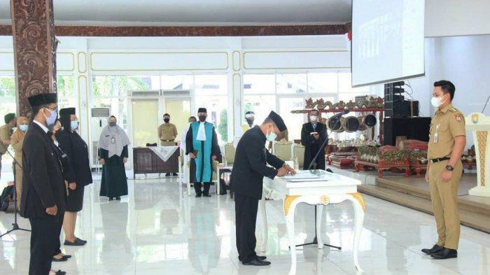 Pesan Bupati Kendal Dico Ganinduto kepada Pejabat Fungsional yang Baru Saja Dilantik