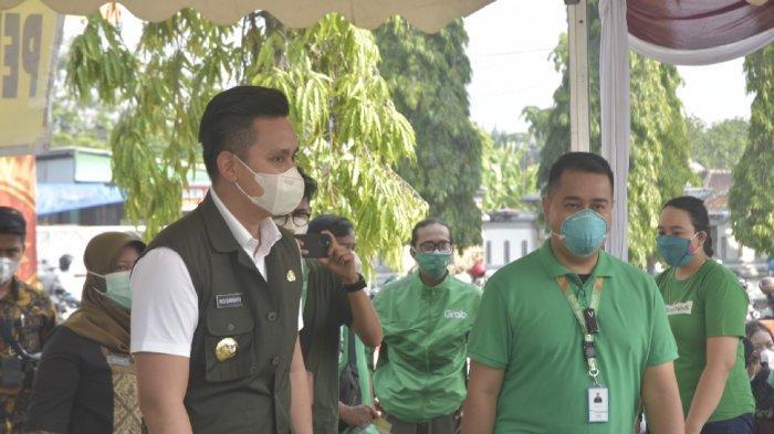 400 Driver Grab dan Keluarga di Kendal Jalani Vaksinasi Covid-19