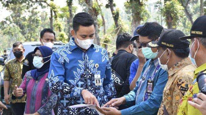 Bupati Dico Ganinduto Tinjau Proyek Pembangunan Jalur Gemuh-Patean Kendal