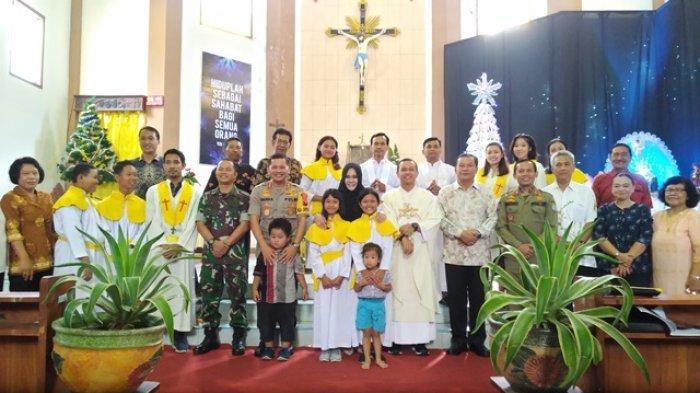 Ditemani Kapolres dan Dandim, Bupati Mirna Pastikan Natal di Kendal Aman dan Damai