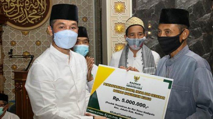 Bupati Kudus HM Hartopo Imbau Warga yang Pulang Kampung untuk Jalani Skrining Covid-19