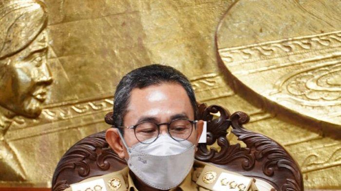 Bupati Pati Haryanto Tulis Dua Puisi dalam Buku Indonesia Baru