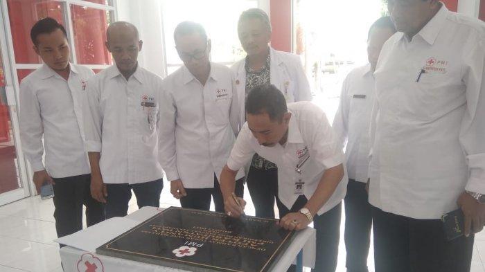 Bupati Haryanto Resmikan Gedung Apotek PMI Pati