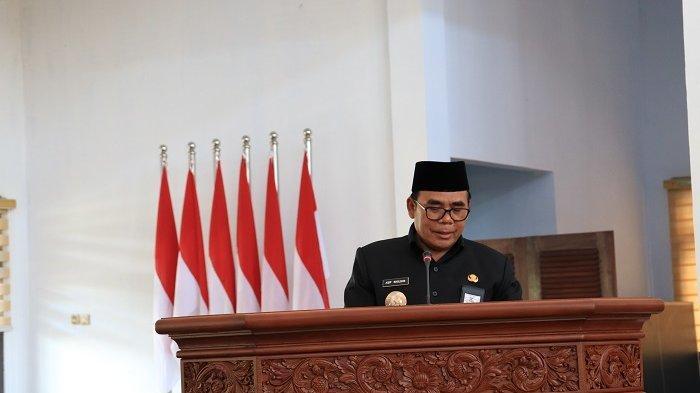 Bupati Asip Sampaikan Raperda Tentang Perubahan APBD Kabupaten Pekalongan