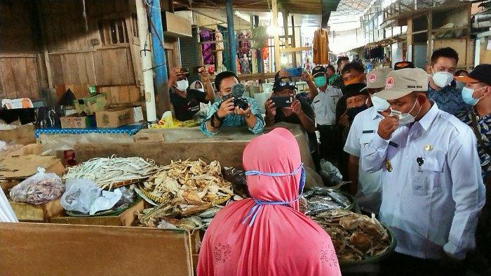 Wacana Bupati Agung Tingkatkan Infrastruktur Pasar Dinanti Para Pedagang