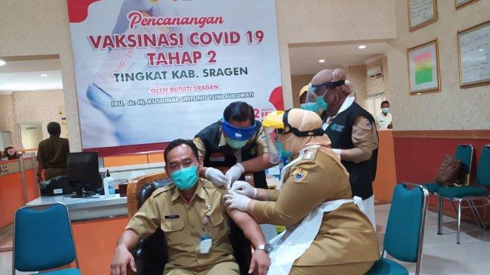 Dinkes Kabupaten Sragen Tetap Lakukan Vaksinasi Covid-19 Pada Bulan Puasa: Peminat Masih Tinggi
