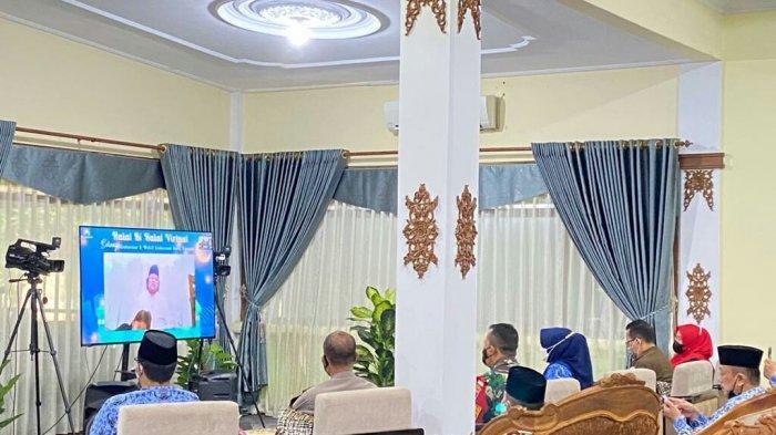 Hari Pertama Kerja Setelah Libur Lebaran, Bupati Tegal Halal Bihalal Virtual dengan Gubernur Ganjar