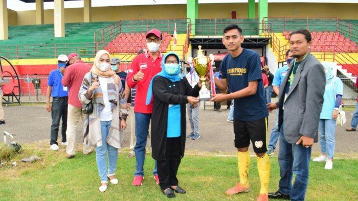Bupati Umi Apresiasi Tim Sepak Bola Persida Juarai Divisi 2 Askap PSSI Kabupaten Tegal