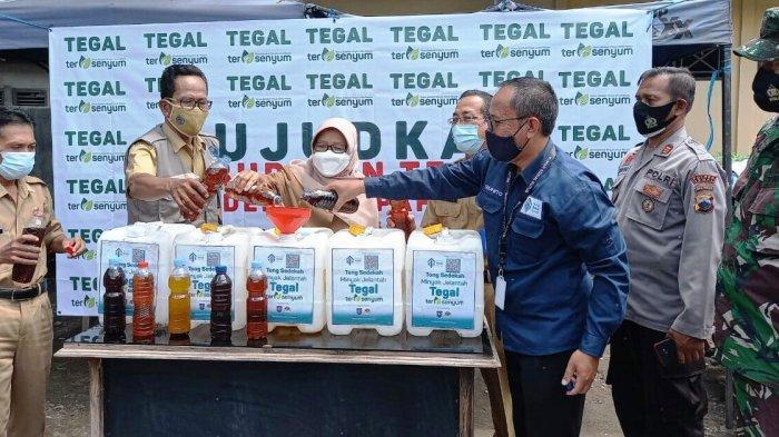 Resmi Dilaunching Bupati Tefal Umi Azizah, Apa Itu Program Sedekah Minyak Jelantah?