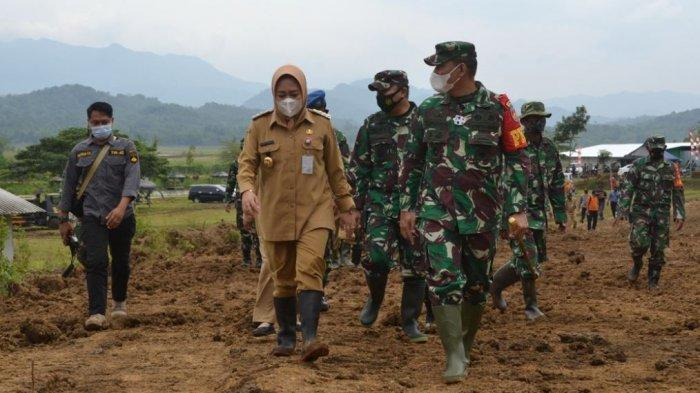 Tiwi Berharap Jalan Penghubung Tumanggal-Tegalpingen Purbalingga Mengungkit Perekonomian Warga