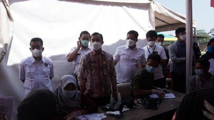 Dukung Percepatan Herd Immunity di Batang, OJK Gelar Vaksinasi Massal