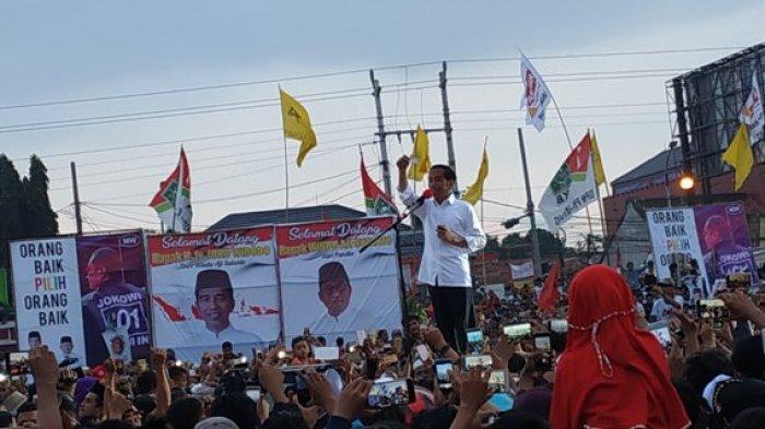 Pendukungnya Meluber Hingga Jalan Pantura, Jokowi Targetkan Raup 80 Persen Suara di Brebes