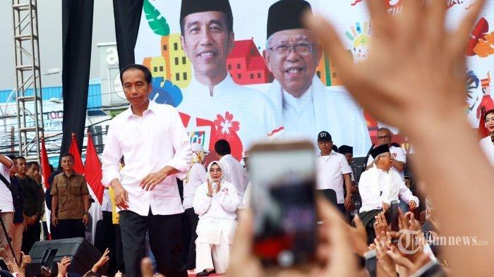 Survei LSI Sebut Jokowi Unggul di Pemilih Emak-emak