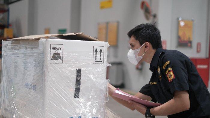 Cepat dan Segera, Bea Cukai Tanjung Emas Fasilitasi Importasi Vaksin Pfizer