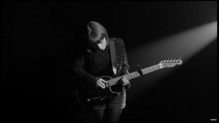 Chord Kunci Gitar dan Lirik Ajari Aku Mencintaimu Jamrud