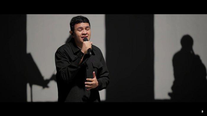 Not Angka Pianika Pop Indonesia Tulus Jangan Cintai Aku Apa Adanya