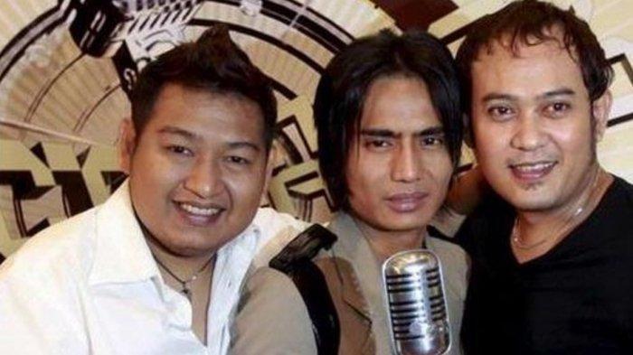 Chord Kunci Gitar Dewiku - ST12