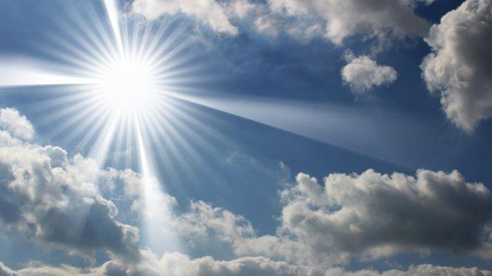 Anda Merasakan Cuaca Panas di Pertengahan Ramadhan Ini, Ini Penjelasan BMKG