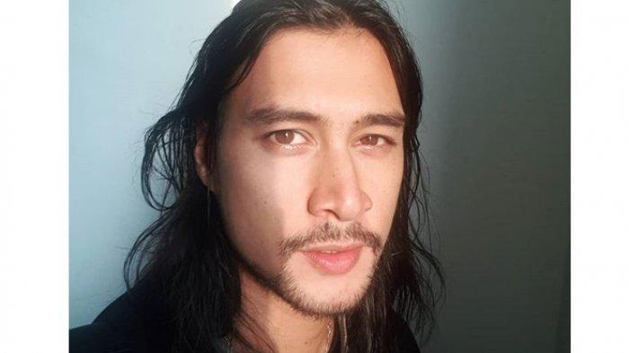 Foto-foto Tampannya Daniel Adnan, Suami Tara Basro Berdarah Ceko-Pekalongan