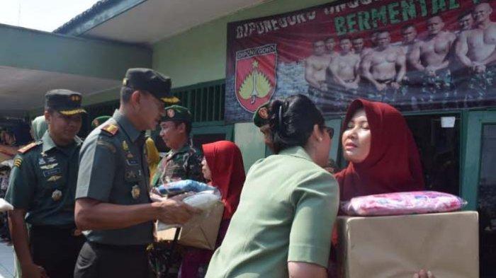 17 Keluarga TNI dan Satu Koramil Terdampak Genangan Rob Pekalongan Utara