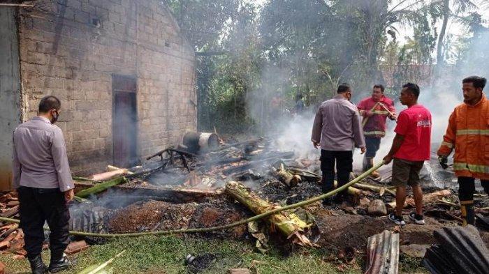 Dapur Terbakar, Api di Tungku Belum Sepenuhnya Padam seusai Memasak