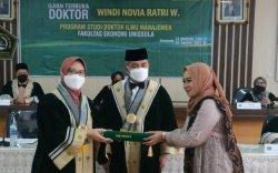 Windi Novia Raih Doktor Manajemen Unissula Semarang
