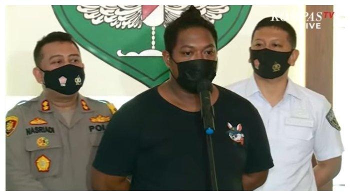 Mukanya Debt Collector Pencegat Tentara Bantu Warga Sakit: Preman Semua!