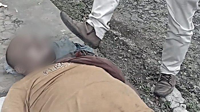 Debt Collector Minta Ampun Dihajar Massa, Ambil Paksa Motor Warga