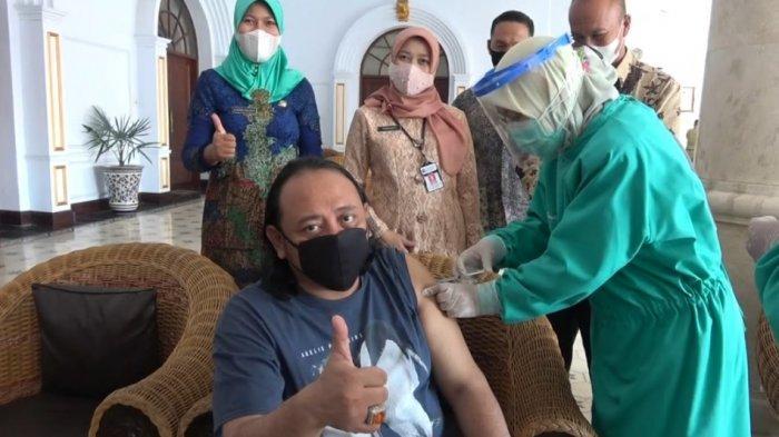 Wali Kota Tegal Divaksin, Sempat Tertunda Gula Darah Tinggi