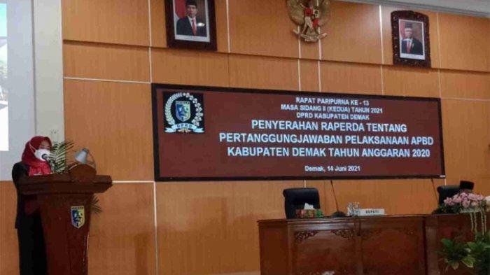 DPRD Demak Gelar Rapat Paripurna Penyerahan Raperda Pertanggungjawaban APBD Demak TA 2020