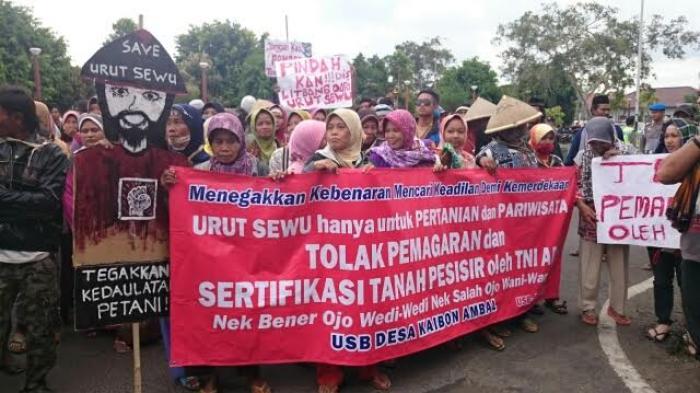 Demo warga Urut Sewu Kebumen